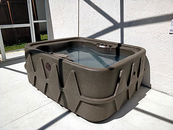 Hot Tub heated 24 hours a day
