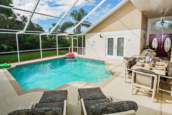 Secluded South Facing Pool
