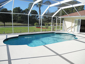 South Facing Oversize Pool
