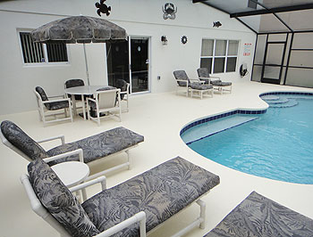 Pool Deck & Patio Area