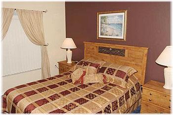 Bedroom 3 - Queen