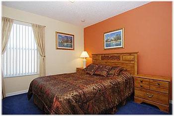 Bedroom 2 - Queen