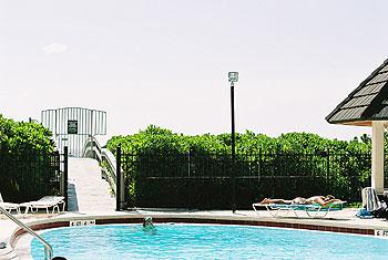 Beachwalk from Pool to Gulf